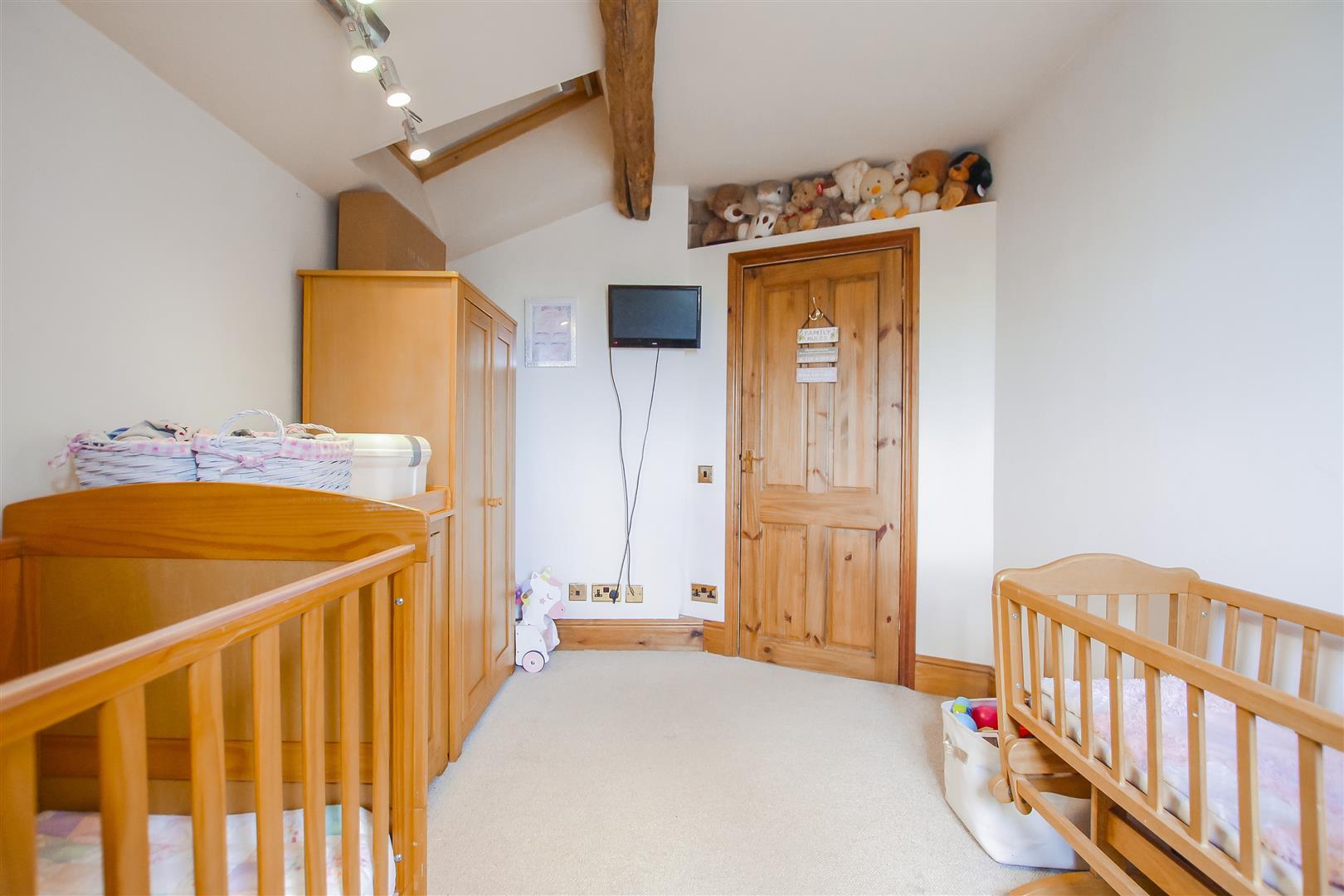 4 Bedroom Semi-detached House For Sale - Image 56